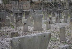 tischstuhlfriedhof